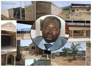 Le PM Ahoomey Zunu en médaillon sur le chantier
